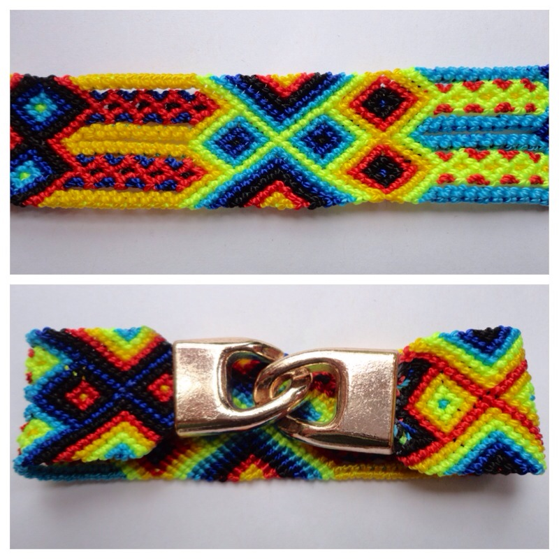 New Items / Large mexican friendship bracelet with golden hooks clasp - Style LH0005 / Unique hand woven bracelets that reflect the colorful mexican culture while keeping it chic. From the beach, to the bar, from the mountain, to the club, these bohemian art pieces are right for every occasion.