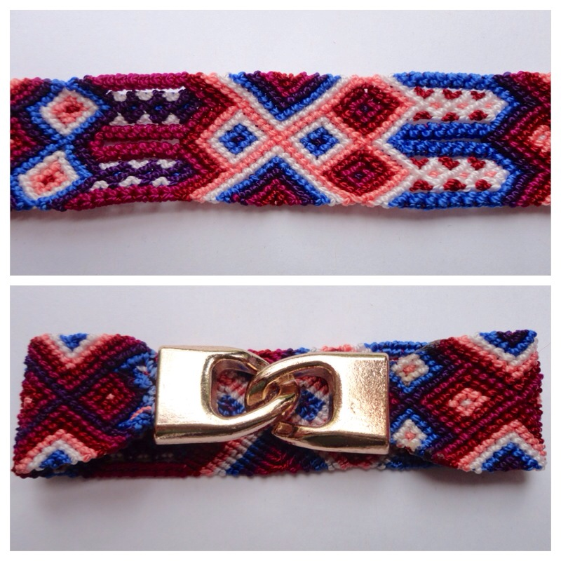 New Items / Large mexican friendship bracelet with golden hooks clasp - Style LH0009 / Unique hand woven bracelets that reflect the colorful mexican culture while keeping it chic. From the beach, to the bar, from the mountain, to the club, these bohemian art pieces are right for every occasion.