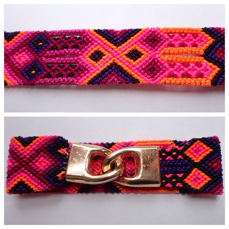 New Items / Large mexican friendship bracelet with golden hooks clasp - Style LH0010 / Unique hand woven bracelets that reflect the colorful mexican culture while keeping it chic. From the beach, to the bar, from the mountain, to the club, these bohemian art pieces are right for every occasion.