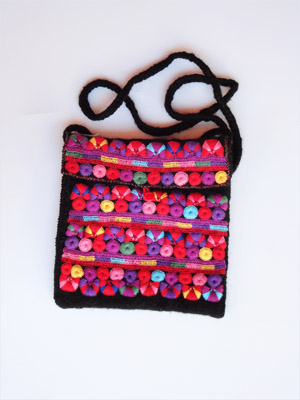 FRIENDSHIP BRACELETS / Chamula handwoven medium size handbag